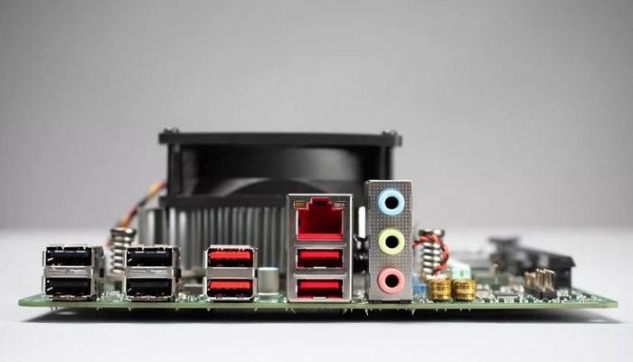 amd-prevratila-brakovannye-chipy-ot-xbox-series-x-v-platformu-dlia-desktopov-4700s_2.jpg