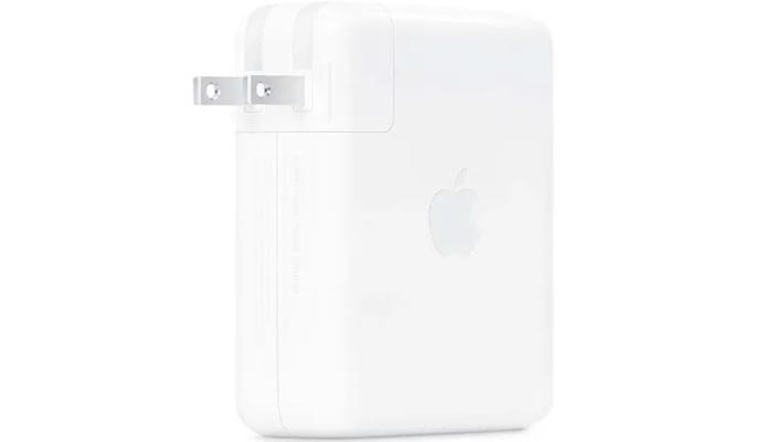 apple-vypustila-s-macbook-pro-pervuiu-v-mire-zariadku-susb-power-delivery-31-ono-obespechit-140-vt-liubym-sovmestimym-ustroistvam_1.jpg