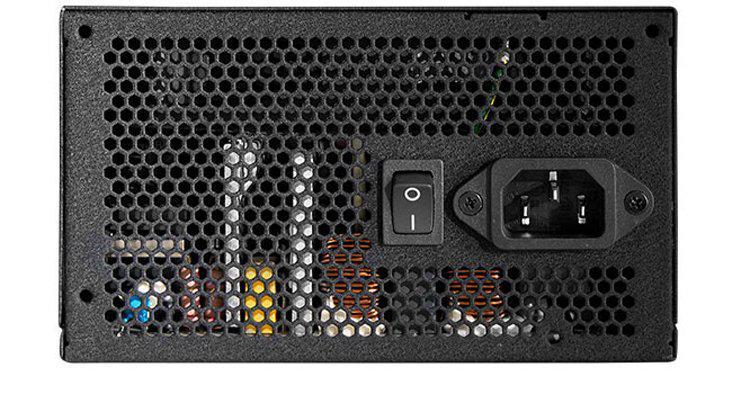 bloki-pitaniia-chieftronic-steelpower-imeiut-sertifikat-80-plus-bronze_2.jpg