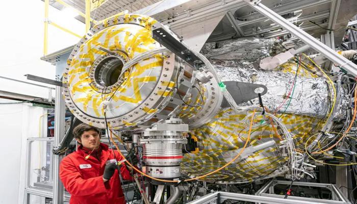 demonstrator-kompaktnogo-termoiadernogo-reaktora-v-velikobritanii-postroiat-k-2025-godu_2.jpg