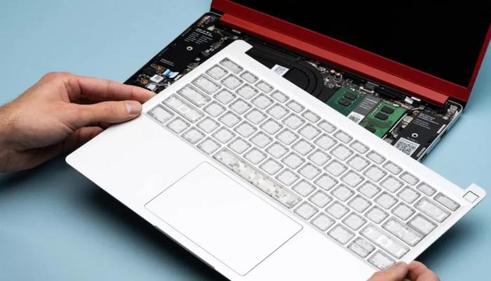framework-rasskazala-o-konfiguratciiakh-svoego-modulnogo-noutbuka-3-materinskikh-platy-i-11-klaviatur_2.jpg