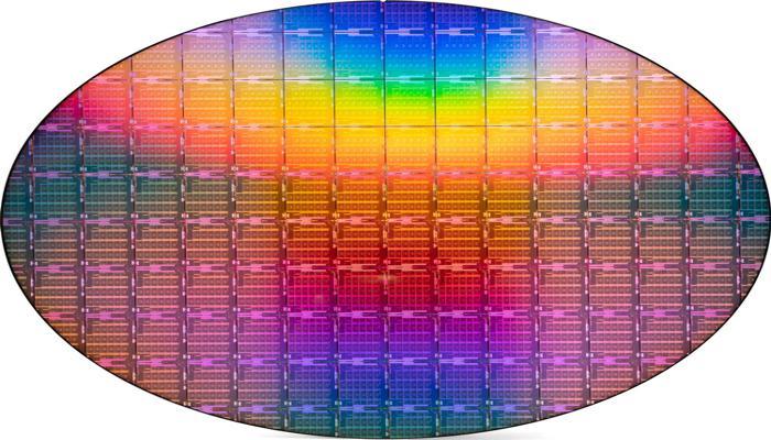 intel-predstavila-ice-lakesp--pervye-10nm-servernye-protcessory-oni-imeiut-do-40-iader-i-pochti-v-poltora-raza-bystree-predshestvennikov_2.jpg