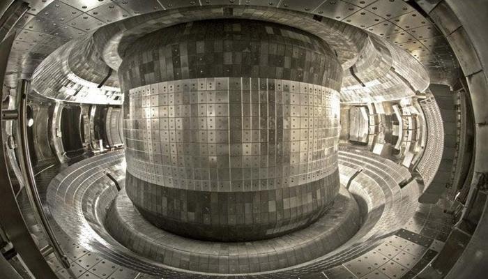 kitai-ustanovil-novyi-rekord-prodolzhitelnosti-termoiadernogo-sinteza-101-sekunda-pri-120-mln-gradusov_1.jpg