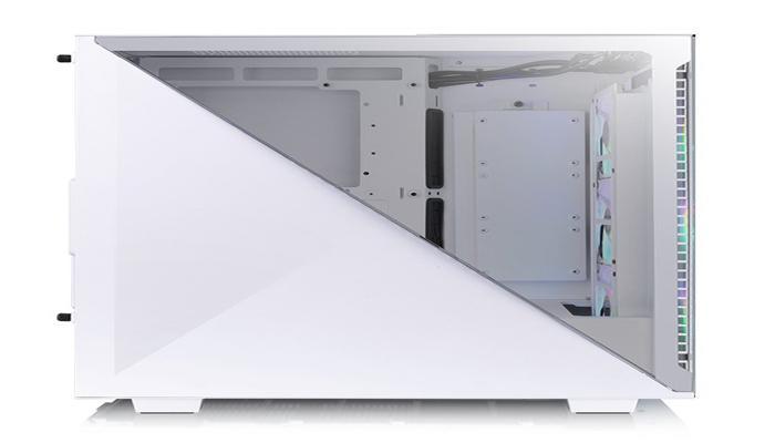 korpus-thermaltake-divider-300-tg-argb-poluchil-neobychnuiu-bokovuiu-panel_2.jpg