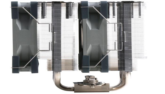 kuler-thermalright-peerless-assassin-120-oborudovan-dvumia-120mm-ventiliatorami_3.jpg