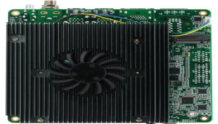 odnoplatnyi-kompiuter-up-xtreme-i11-osnashchen-protcessorom-intel-tiger-lake_3.jpg