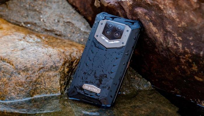 oukitel-predstavila-300dollarovyi-zashchishchennyi-smartfon-wp15-5g-s-batareei-na-15-600-mach_1.jpg