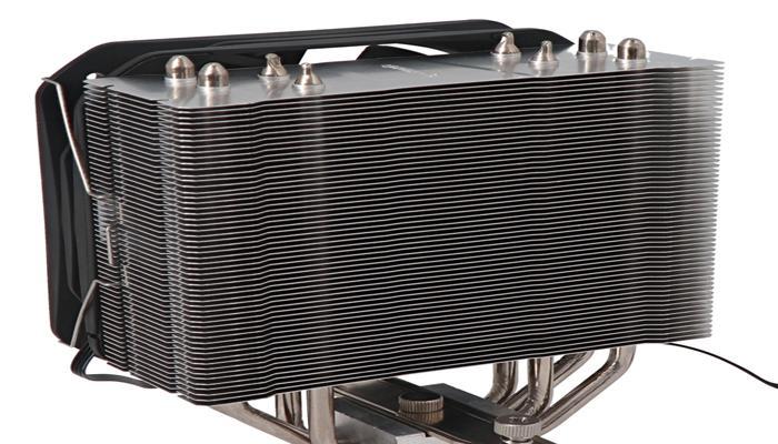 predstavlen-massivnyi-protcessornyi-okhladitel-silent-cooler-owlsc200-so-130mm-ventiliatorom_2.jpg