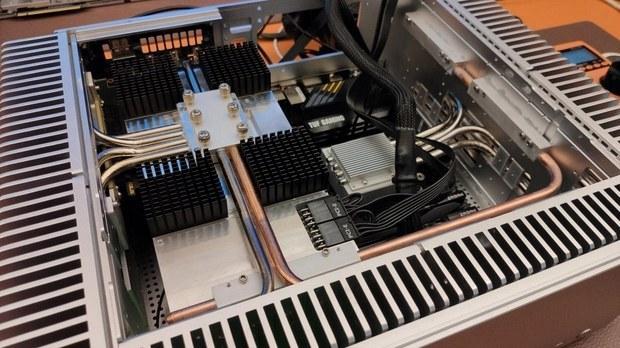 predstavlen-polnostiu-passivnyi-kompiuter-na-baze-ryzen-5-5600x-i-geforce-rtx-3080_2.jpg