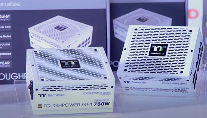 predstavleny-belyi-bloki-pitaniia-thermaltake-toughpower-gf1-snow-gold-moshchnostiu-do-850-vt_1.jpg