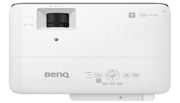 proektor-benq-tk700sti-4k-hdr-orientirovan-na-liubitelei-igr_3.jpg