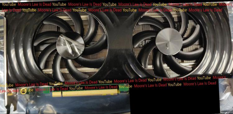 proizvoditelnaia-igrovaia-videokarta-intel-xehpg-pokazalas-na-zhivykh-foto-no-vyidet-ona-v-kontce-goda_1.jpg