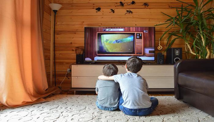 rasprostranenie-platnogo-televideniia-v-rossii-zamedlilos_1.jpg