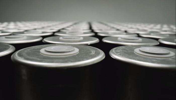 razrabotan-novyi-metod-sverkhbystroi-zariadki-akkumuliatorov--elektromobili-smogut-zariazhatsia-vsego-za-10-minut_1.jpg