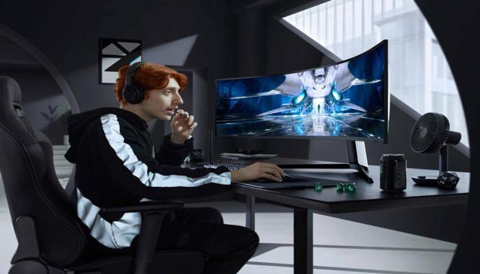 samsung-odyssey-neo-g9-igrovoi-monitor-s-izognutym-49diuimovym-ekranom-mini-led-na-240-gtc-za-2499_1.jpg