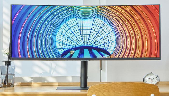samsung-predstavila-srazu-12-monitorov-s-vysokim-razresheniem_4.jpg