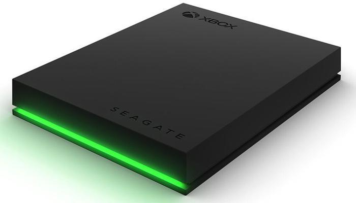 seagate-predstavila-vneshnie-zhestkie-diski-s-podsvetkoi-dlia-igrovykh-konsolei-xbox_3.jpg
