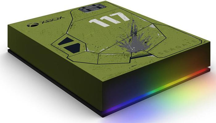 seagate-predstavila-vneshnie-zhestkie-diski-s-podsvetkoi-dlia-igrovykh-konsolei-xbox_4.jpg