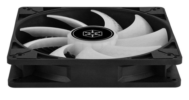 silverstone-predstavila-korpusnyi-ventiliator-air-penetrator-184i-argb-diametrom-180-mm_2.jpg