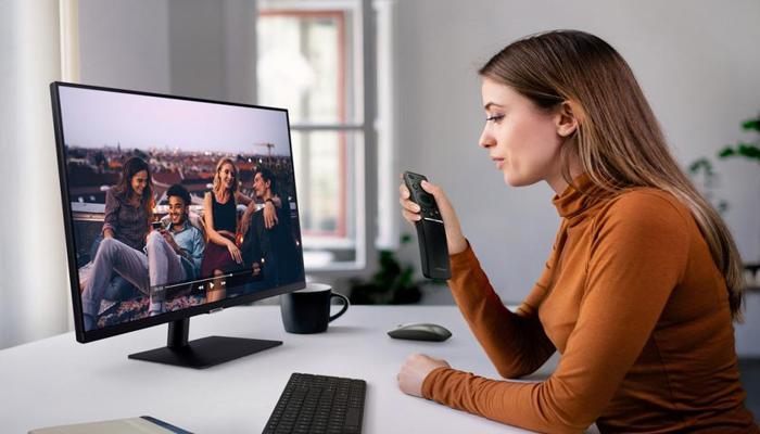 smart-monitor--pervyi-universalnyi-monitor-samsung-sochetaiushchii-funktcii-displeia-i-televizora_1.jpg