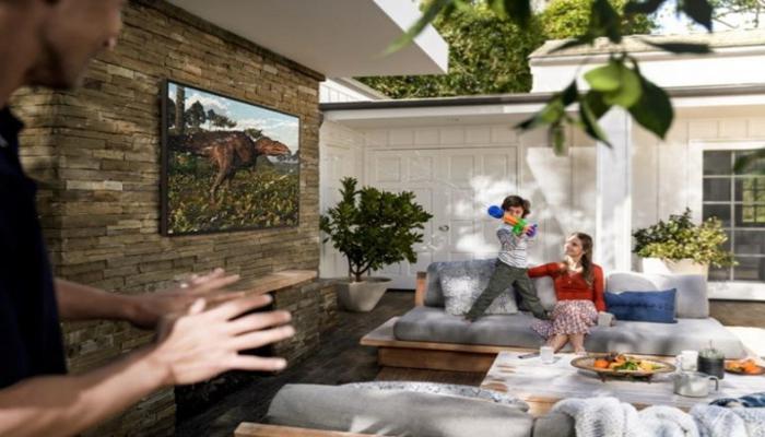 v-rossii-vyshli-interernye-televizory-samsung-the-terrace--zashchita-ot-vlagi-i-tcena-ot-329-990-rublei_2.jpg
